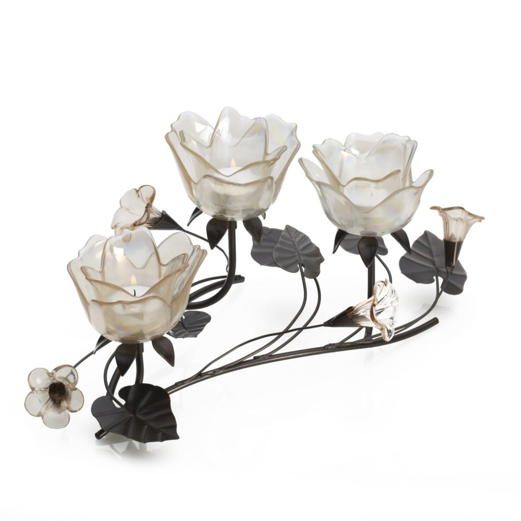 Candelabra Centerpiece, Rose shapes 3 light